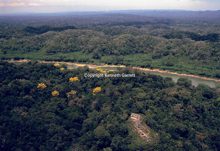 Maya; Yaxchilan; Lost Kingdoms of the Maya; p.8-9, aerial, Usumacinta River