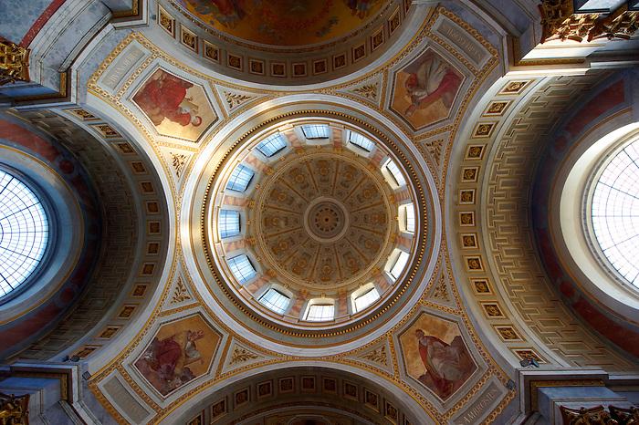 Interior of the Neo Classical Esztergom Basilica, Cathedral ( Esztergomi Bazilika ), Hungary.
