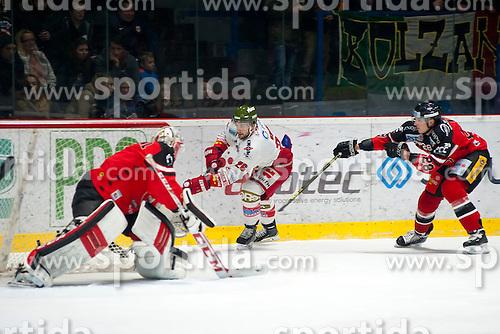 28.12.2015, Ice Rink, Znojmo, CZE, EBEL, HC Orli Znojmo vs HCB Suedtirol, 36. Runde, im Bild v.l. Patrik Nechvatal (HC Orli Znojmo) Joel Broda (HCB Sudtirol) Marek Biro (HC Orli Znojmo) // during the Erste Bank Icehockey League 36nd round match between HC Orli Znojmo and HCB Suedtirol at the Ice Rink in Znojmo, Czech Republic on 2015/12/28. EXPA Pictures © 2015, PhotoCredit: EXPA/ Rostislav Pfeffer