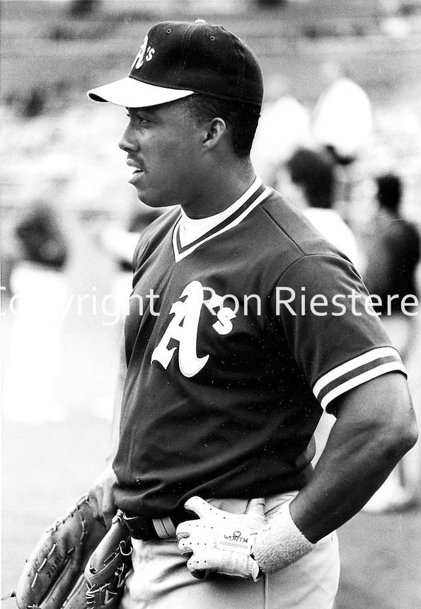Oakland Athletic Steve Howard..(photo/Ron Riesterer)