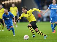 FUSSBALL   1. BUNDESLIGA   SAISON 2012/2013   17. SPIELTAG   TSG 1899 Hoffenheim - Borussia Dortmund      16.12.2012           Mario Goetze (Borussia Dortmund) am Ball