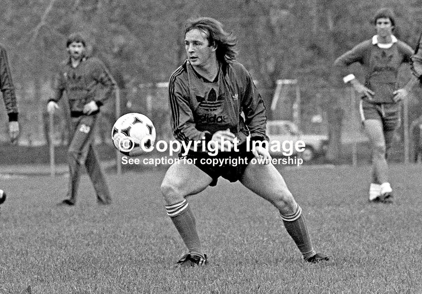 Dave McCreery, footballer, Manchester United FC &amp; N Ireland, at a training session prior to N Ireland's November 1980 game against Portugal at Windsor Park. 19801100399e<br />