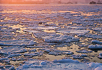 Ice Breaking on the Hudson River, Manhattan, New York CIty, NY, NJ, Sunset