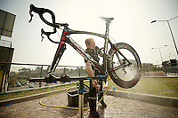 Milan-San Remo preparations..the day before.cleaning the Noah