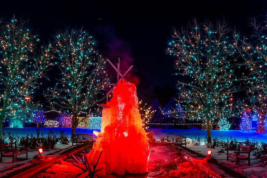 A Frozen Water Fountain A Hudson Christmas Holiday Light