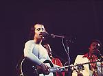 Paul Simon 1975..© Chris Walter..