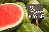 Asie/Israël/Judée/Jérusalem détail pasteques sur un étal du marché MahaneYehuda un des marchés les plus importants de la a ville