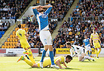 St Johnstone v Hearts&hellip;17.09.16.. McDiarmid Park  SPFL<br />Murray Davidson reacts to his bad miss<br />Picture by Graeme Hart.<br />Copyright Perthshire Picture Agency<br />Tel: 01738 623350  Mobile: 07990 594431