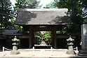 July 20, 2010 - Niiza, Japan - A thatched outsider gate of Heirin-ji, a Rinzai temple of the Myoshin-ji branch located in Niiza city, Saitama prefecture, Japan, is pictured on July 20, 2010. Visiting the budhist temple is part of the 'True Japan Saitama - Zen Medidation and Buddhist Vegetarian Cuisine' tour, organized by the travel agency JTB for leisure travelers.