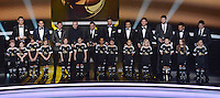 Fussball International  FIFA Ballon d Or   07.01.2013 FIFA FIFPro Team des Jahres 2012; Cristiano Ronaldo (Real Madrid), Falcao (Atletico Madrid),  Lionel Messi (Barca), Andres Iniesta (Barca), Xabi Alonso (Real Madrid), Marcelo (Real Madrid), Sergio Ramos (Real Madrid), Gerard Pique (Barca), Daniel Alves (Barca) und Torwart Iker Casillas (v.li, Real Madrid)