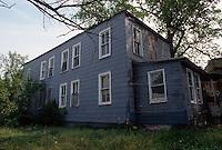 1995 April ..Conservation.Lamberts Point...Acquisitions.Rear Exterior Left Side.1247 West 37th Street...NEG#.NRHA#..CONSERV: Lambert2 3:20