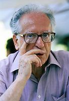 """Wilebaldo Solano  (1916 - 2010).Attivista comunista durante gli anni della Guerra civile spagnola; militò nella organizzazione giovanile del Partito Operaio di Unificazione Marxista (Partido Obrero de Unificación Marxista, """"POUM"""") di cui fu l'ultimo segretario"""
