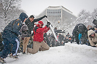 02_06_2010_DC_Dupont_Circle_Snowball_Fight
