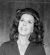 20 Sep 1971 --- American writer Jacqueline Susann signing her new book The Love Machine in a New York bookstore. Her most famous book is Valley of the Dolls, a book that broke sale records and spawned a movie and a TV series. --- Image by © JP Laffont