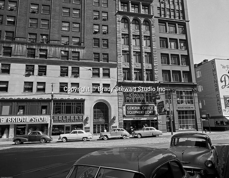 Liberty avenue and wood street in pittsburgh 1956 the for Floor 2 pittsburgh