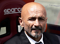 Calcio, Serie A: Roma, stadio Olimpico, 30 aprile 2017.<br /> AS Roma's coach Luciano Spalletti waits for the start of the Italian Serie A football match between AS Roma and Lazio at Rome's Olympic stadium, April 30, 2017.<br /> UPDATE IMAGES PRESS/Isabella Bonotto
