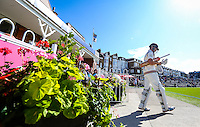 Picture by Alex Whitehead/SWpix.com - 17/08/2014 - Cricket - LV County Championship Div One - Yorkshire CCC v Sussex CCC, Day 3 - North Marine Road, Scarborough, England - Yorkshire's Kane Williamson walks out to bat at the start of day three.