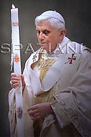 Easter vigil mass Pope Benedict XVI  in Saint Peter's Basilica, in the Vatican.March 22, 2008