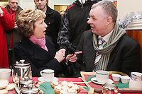 NO REPRO FEE. President McAleese has visited the Focus Ireland Coffee Shop.20/12/2010. President Mary McAleese is pictured with Des Murphy a customer and volunteer at the Focus Ireland Coffee Shop and Housing Advice Service in Temple Bar. The Centre provides meals, advice, information and support to the homeless.Picture James Horan/Collins Photos