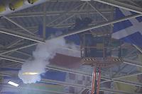SCHAATSEN: HEERENVEEN: 19-10-2013, IJsstadion Thialf, Marathonschaatsen, Brandje in verdeelkast na kortsluiting tijdens damesmarathon werd snel geblust door ijsmeester van Thialf, ©foto Martin de Jong