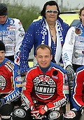 Paul Hurry with Elvis - Reading Bulldogs vs Lakeside Hammers - Elite League Speedway at Smallmead, Reading- 23-04-07 - MANDATORY CREDIT: Gavin Ellis/TGSPHOTO - IMAGES USED WILL BE INVOICED AT STANDARD RATES..