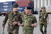The Commander of the Joint Logistics Support Group (JLSG) during Noble Ledger,Brigadier General Ivo de Jong (Netherlands), photographed with  Norwegian Chief of Defence, Admiral Haakon Bruun-Hanssen (right).  <br />