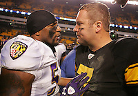 PITTSBURGH, PA - NOVEMBER 06:  Ben Roethlisberger #7 of the Pittsburgh Steelers talks with Ray Lewis #52 of the Baltimore Ravens following the Ravens win on November 6, 2011 at Heinz Field in Pittsburgh, Pennsylvania.  (Photo by Jared Wickerham/Getty Images)