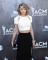 LAS VEGAS, NV, USA - APRIL 06: Taylor Swift at the 49th Annual Academy Of Country Music Awards held at the MGM Grand Garden Arena on April 6, 2014 in Las Vegas, Nevada, United States. (Photo by Celebrity Monitor)