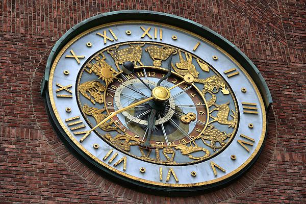 Oslo Astrological Clock