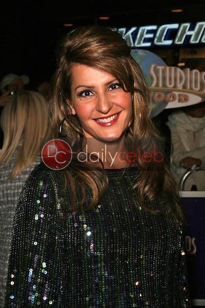 Nia Vardalos<br />at the World Premiere of &quot;Charlie Wilson's War&quot;. CityWalk Universal Studios, Universal City, CA. 12-10-07<br />Dave Edwards/DailyCeleb.com 818-249-4998