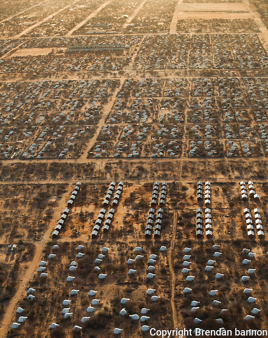 Ifo 2, an extention to the world's largest refugee camp complex in Dadaab, Kenya. This extention camp was created to give shelter and services to the huge influx of refugees to Dadaab refugee camps from Somalia in 2011. October, 2011. Brendan Bannon/IOM/UNHCR