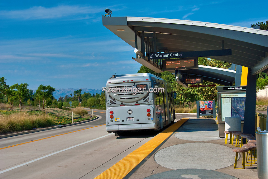 how to get from orange county airport to los angeles