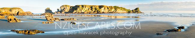 Seal Island at Woodpacker Bay near Punakaiki, Paparoa National Park, West Coast, Buller Region, New Zealand, NZ