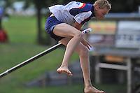 FIERLJEPPEN: IT HEIDENSKIP: 14-08-2013, 1e Klas wedstrijd, Junioren, Sietse Bokma, ©foto Martin de Jong