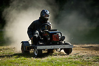 Grasscar - lawn mower racing