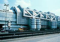 Berlin: International Congress Centrum (ICC), 1973-79. Ralf Schuler & Ursulina Schuler-Witte. Photo '87.