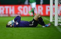USSBALL   1. BUNDESLIGA    SAISON 2012/2013    10. Spieltag   Werder Bremen - FSV Mainz 05                             04.11.2012 Torwart Christian Wetklo (1. FSV Mainz 05) enttaeuscht am Boden nach dem Gegentor zum 2-1