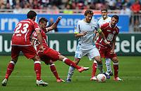 Fussball 2. Bundesliga:  Saison   2012/2013,    3. Spieltag  1. FC Kaiserslautern - TSV 1860 Muenchen   26.08.2012 (v. li.) Florian Dick (1. FC Kaiserslautern) gegen Enis Alushi (1. FC Kaiserslautern) gegen Benjamin Lauth (1860 Muenchen) gegen Albert Bunjaku (1. FC Kaiserslautern)