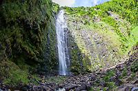 Waimoku Falls waterfall, Pipiwai hiking trail, Haleakala National Park, Kipahulu, Maui