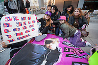 Andrea (15 years), Luci (8), Blanca (17), Omar (15)  waiting since  for the concert of Justin Bieber at the Palacio de los deportes in Madrid