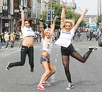 1/9/2010. RADIO NOVA LAUNCH. Dancers Kate O Callaghan, Nikita Hanny and Jennifer Healy from blue bamboo is pictured on the O Connell Bridge Dublin for the launch of radio Nova.Picture James Horan/Colins
