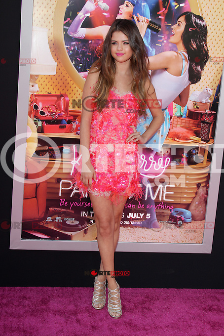Selena Gomez at the premiere of Paramount Insurge's 'Katy Perry: Part Of Me' at Grauman's Chinese Theatre on June 26, 2012 in Hollywood, California. &copy;&nbsp;mpi29/MediaPunch Inc. /**NORTEPHOTO:COM**<br />