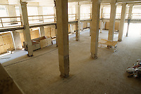 1995 May 23..Redevelopment....Tidewater Community College.TCC PROGRESS BEFORE.INTERIOR OF MARTIN BUILDING.MEZZANINE LOOKING AT FRONT FROM RIGHT REAR...NEG#.NRHA#..