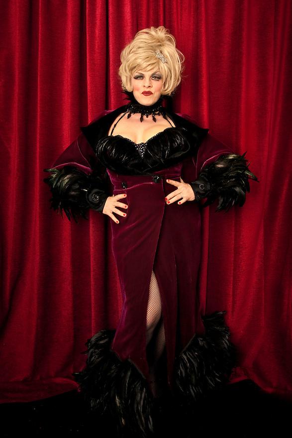 Dr. Lukki at Burlesque Hall of Fame Exotic World - Titans of Tease Burlesque Reunion Showcase