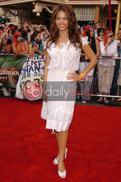 Jenna Dewan<br />at the premiere of Disney's &quot;Pirates of the Caribbean: Dead Man's Chest&quot;. Disneyland, Anaheim, CA. 06-24-06<br />Scott Kirkland/DailyCeleb.com 818-249-4998