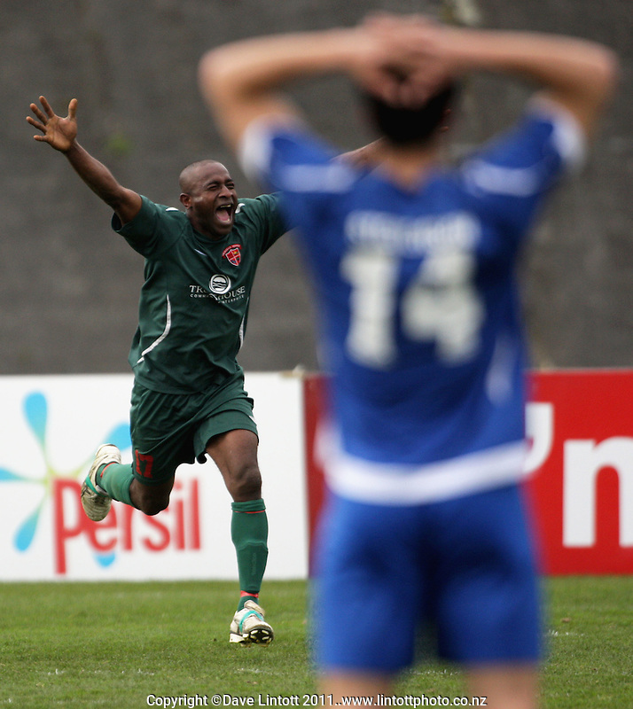 United's Pita Rabo celebrates scoring the winning goal. Chatham Cup soccer final - Napier Rovers v Wairarapa United at Memorial Park, Palmerston North, New Zealand on Sunday, 28 August 2011. Photo: Dave Lintott / lintottphoto.co.nz