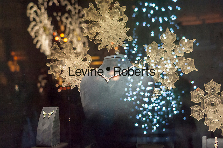 A display of diamond jewelry in the Harry Winston jewelry store window in New York on Monday, December 19, 2016. According to De Beers global sales of diamonds are down and diamond merchants are blaming India's ban on 500 and 1000 rupee notes. (© Richard B. Levine)