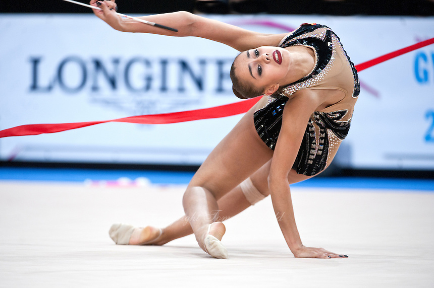 September 09, 2015 - Stuttgart, Germany - MARGARITA MAMUN of Russia performs during AA qualifications at 2015 World Championships.