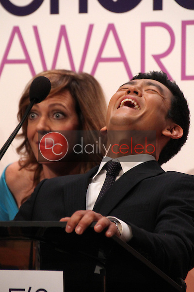 Allison Janney, John Cho<br />