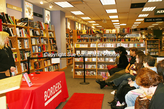 "One Life To Live's Catherine Hickland ""Lindsay"" has a discussion and signing  of her new book ""The 30 Day Heartbreak Cure"" on February 7, 2009 at Borders Books and Music in Westbury, NY. ""The 30 Day Heartbreak Cure is about restoring self-esteem, learning from the best and the worst of experiences, and ultimately, moving forward and getting back out there."" (Photo by Sue Coflin/Max Photos)"